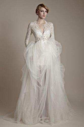 winter-wedding-dresses-fridays-fab-5-972-int